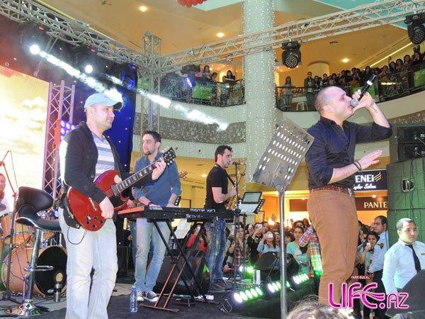 Мири Юсиф выступил праздничным концертом