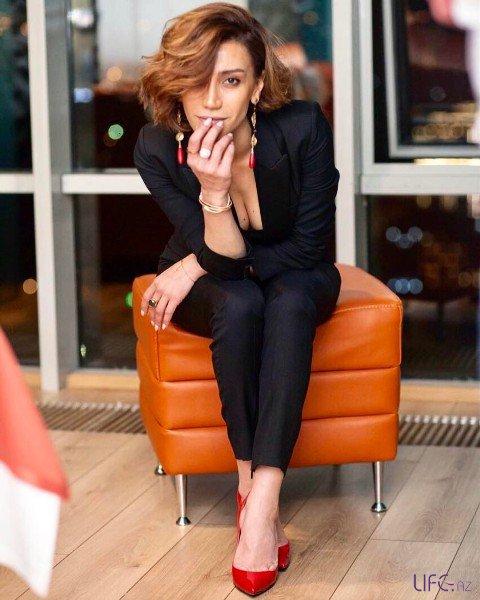 Röya представила новую песню «Yar gələrsən»