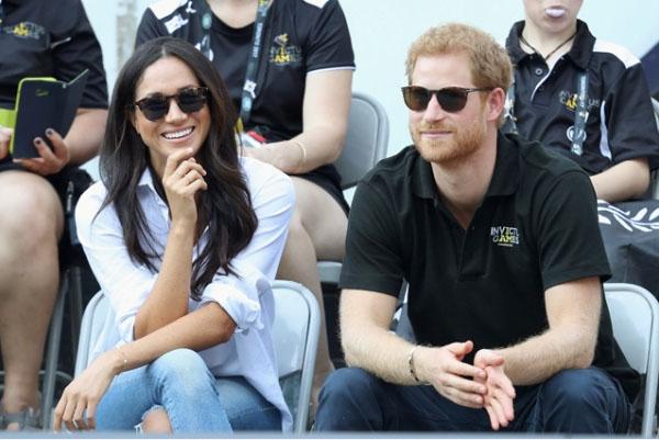 Принц Гарри лично учит свою возлюбленную Меган Маркл быть принцессой