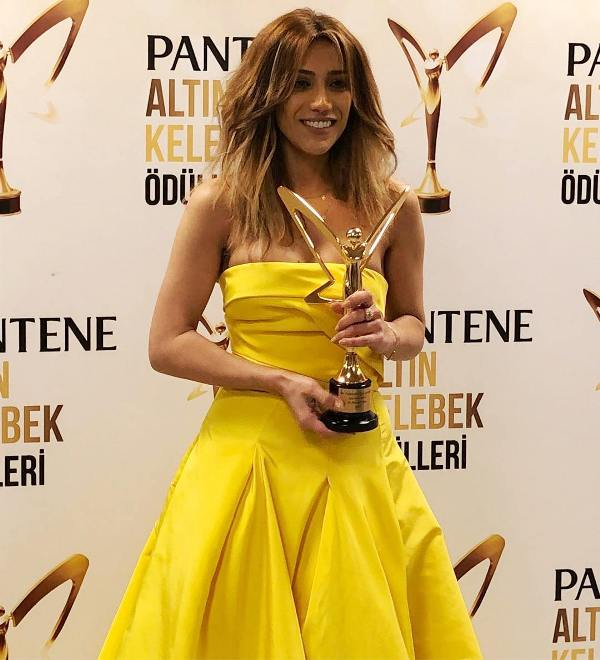 Ройа получила турецкую премию Altın Kelebek