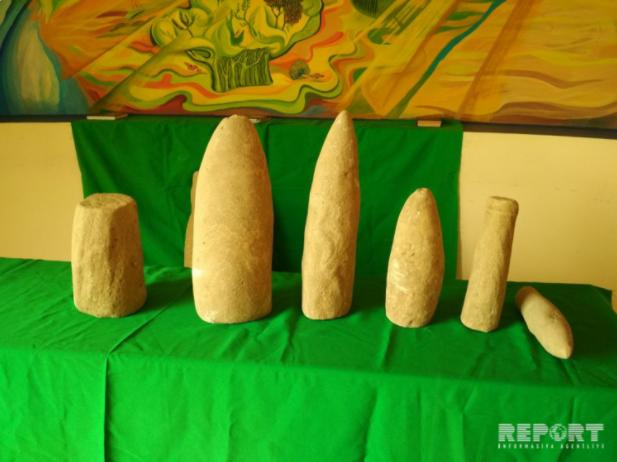 Резные камня бронзового века обнаружены в Физули
